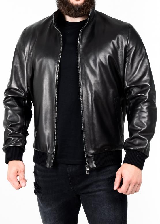 Весняна шкіряна куртка під резинку