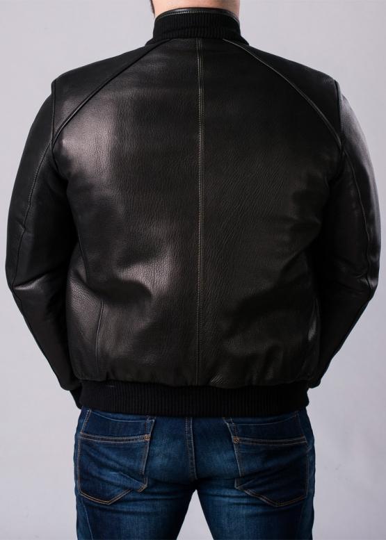 Осенняя куртка под резинку