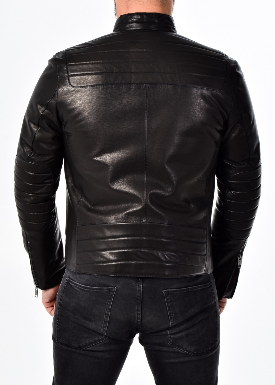 Осенняя приталенная кожаная куртка мужская
