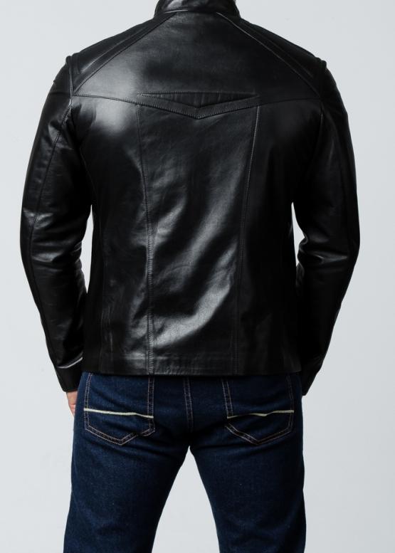 Весенняя кожаная куртка приталенная мужская
