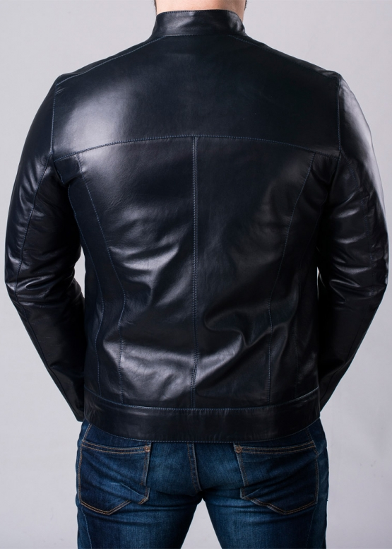 Осенняя кожаная куртка мужская приталенная