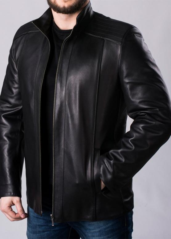 Осенняя приталенная куртка из кожи