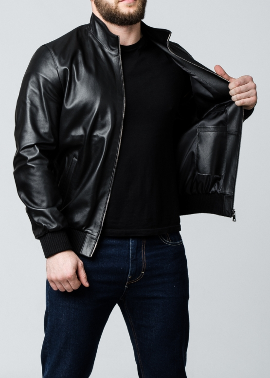 Spring leather jacket with elastic band