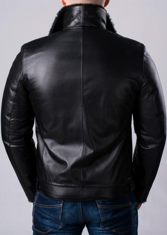 Приталенная кожаная зимняя куртка на меху